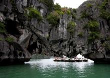 Hang Luon HaLong Bay