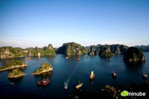Vịnh Hạ Long – 10 Bờ Biển Đẹp Nhất Thế Giới