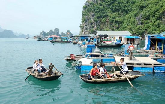 Làng Chài ở Vịnh Lan Hạ
