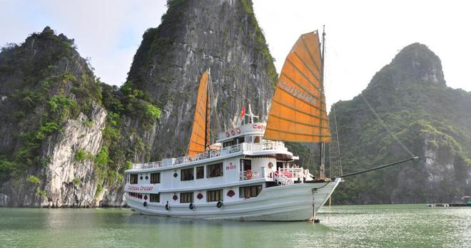 Du thuyền Hạ Long Calypso