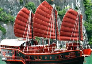 Du thuyền Red Dragon Hạ Long