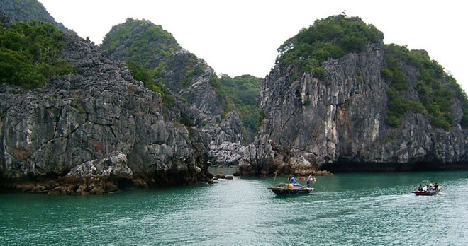 kham va Vinh Ha  Long