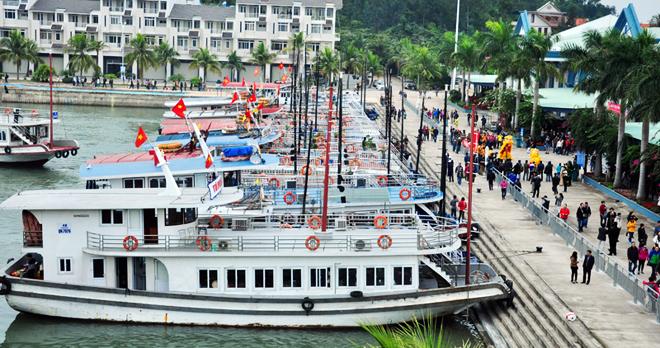 cảng tàu du lịch Tuần Châu