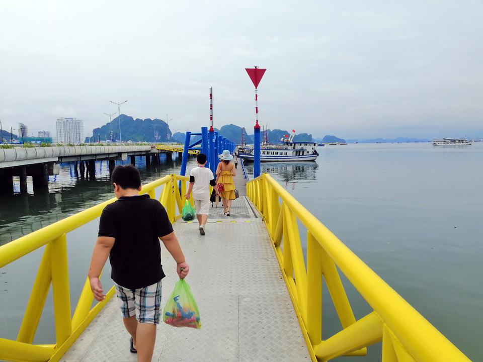 Quảng Ninh tìm hướng khôi phục ngành du lịch
